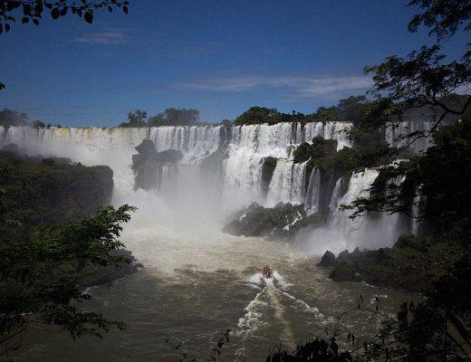 Iguazu Cataratas de Iguazu waterfalls Buenos Aires Sightseeing Argentinia Argentinien South America