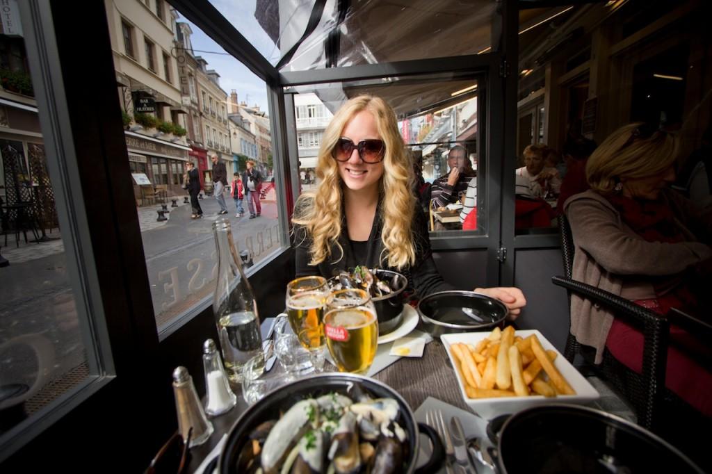 Moules et frites - Deauville - The Golden Bun | www.thegoldenbun.com