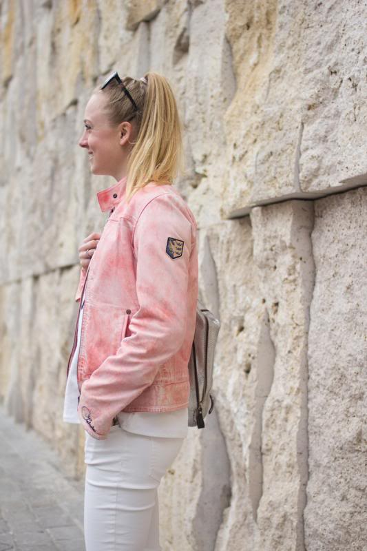 Converse rosé gold, chucks rosé gold, me you oui, Gaastra leather jacket, how to wear white jeans casually, The Golden Bun | München Modeblog, German Fashion Blog, Fashionblogger, new trends