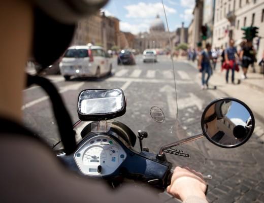 Sunday-funday // Vespa tour through Rome