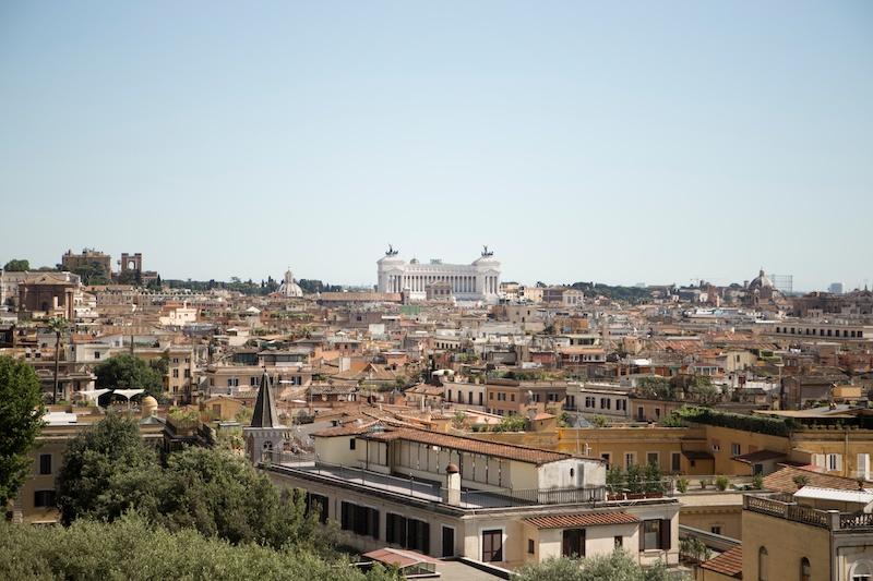 Amazing view over Rome and a tour through Villa Medici