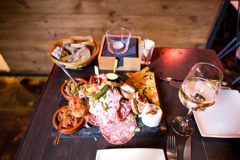 Restaurant in Montpellier, Les Enfants Rouges, Montpellier, bonnes adresses, tripadvisor, bar à vins Montpellier, tapas in Montpellier