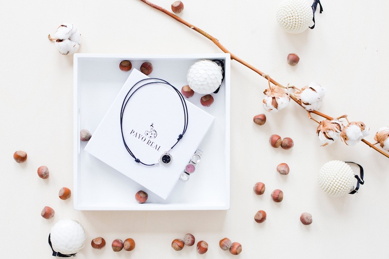 Weihnachtskalender Real.The Golden Bun S Advent Giveaways Win A Pavo Real Jewellery Set