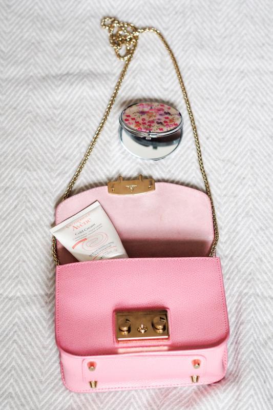 The Golden Bun - what's in my travel bag, Furla Metropolis mini, Furla, Primark, Avene cold cream