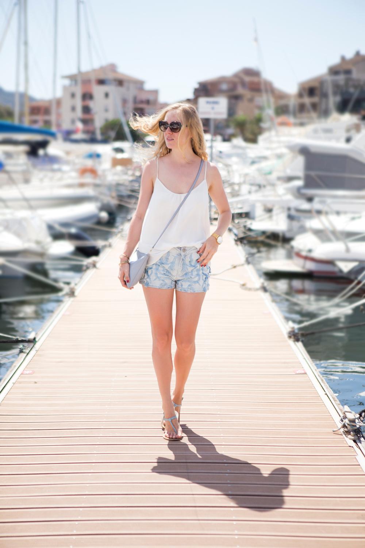 Port de Porto Vecchio, Larsson & Jennings watch