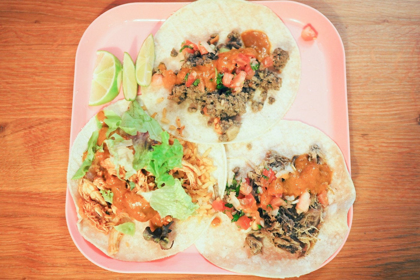 restaurants in munich tacos burritos at condesa. Black Bedroom Furniture Sets. Home Design Ideas