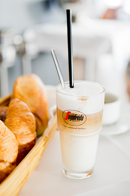 Panther Grill & Bar, Frühstücken in München, Restaurants in Munich, Restaurants in München, Essen in München Eating in Munich, Munich Food