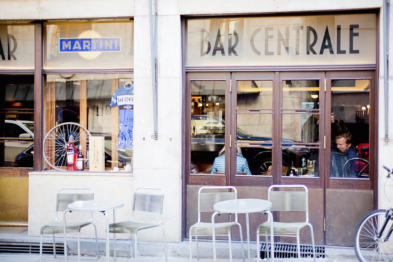 restaurants in munich bar centrale one of the best italians munich. Black Bedroom Furniture Sets. Home Design Ideas