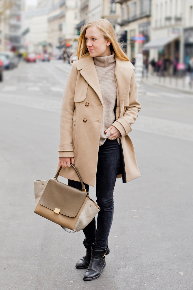 camel total look, oasis camel coat