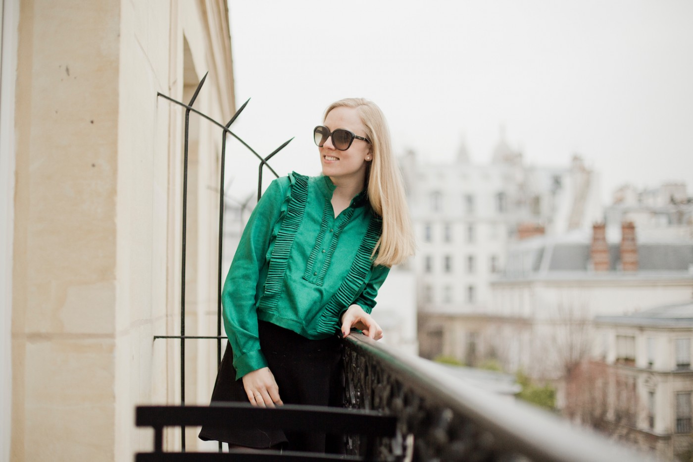 green H&M trend blouse SS16, where to stay in Paris – Grand Pigalle Hotel , hotels in Paris, hotel in Paris, hotel Montmartre