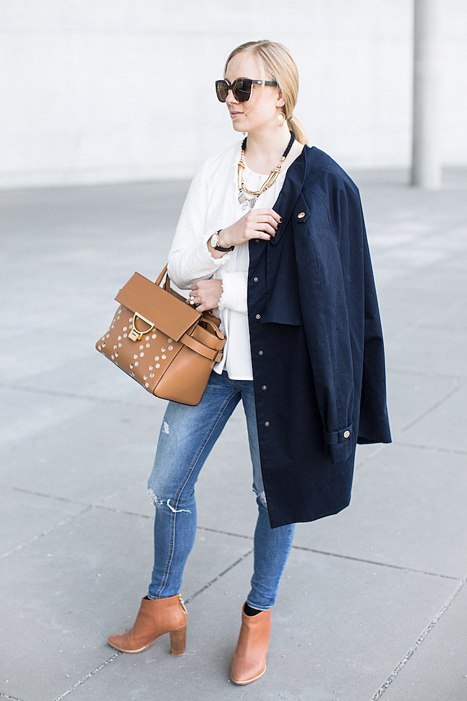 Coccinelle arlettis bag, ripped jeans, Italia Independent sunglasses adidas ted baker stiefeletten The Golden Bun