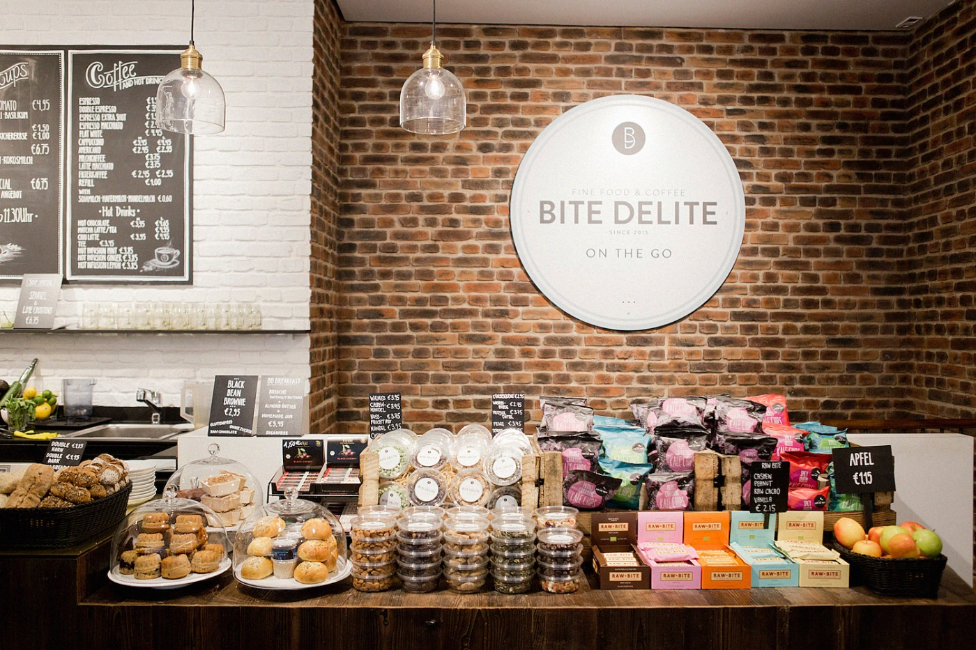 english restaurants in munich breakfast at bite delite. Black Bedroom Furniture Sets. Home Design Ideas