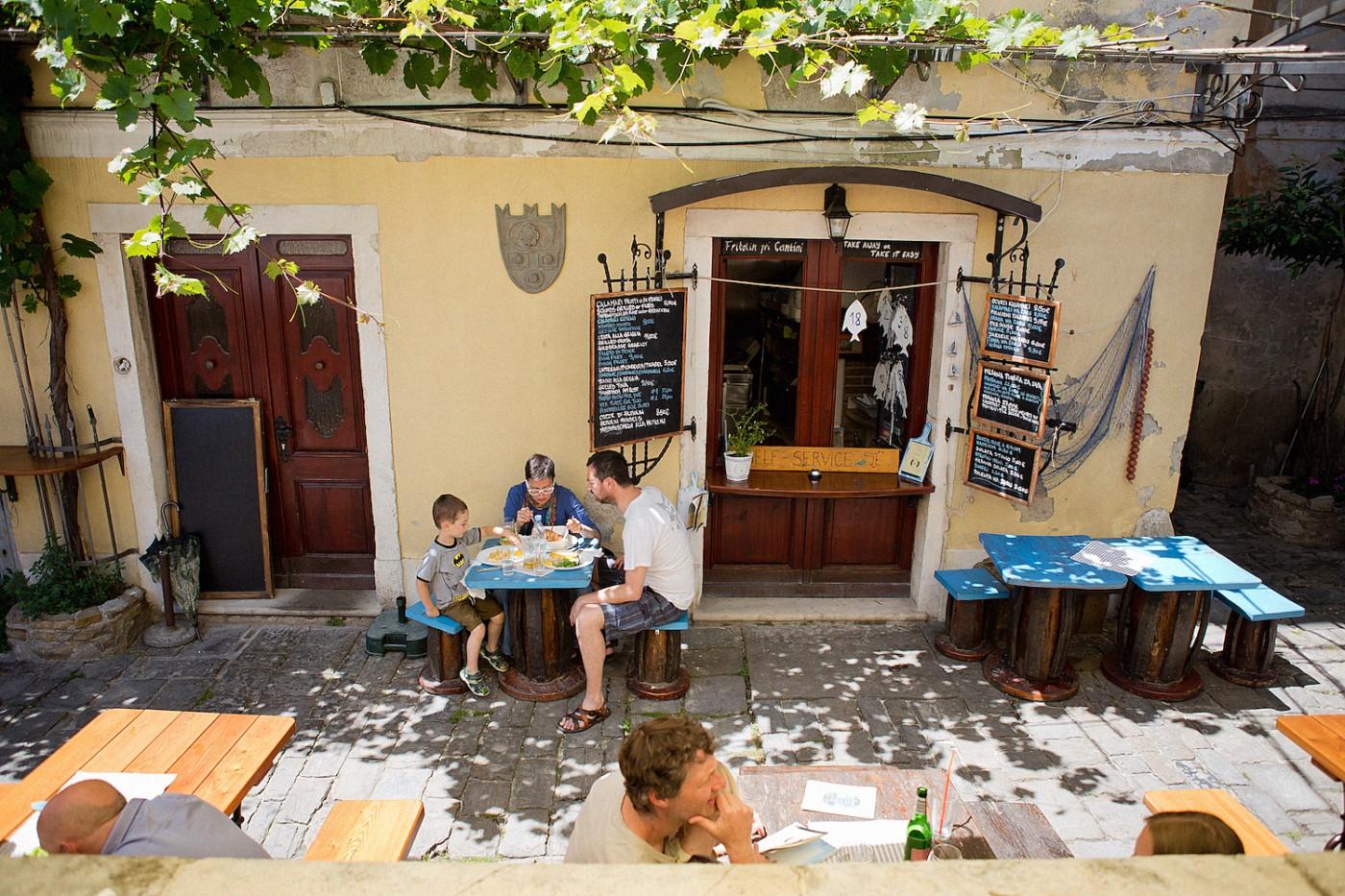 eating in portoroz piran Fritolin Pri Cantini gourmet food traditional slovenian food