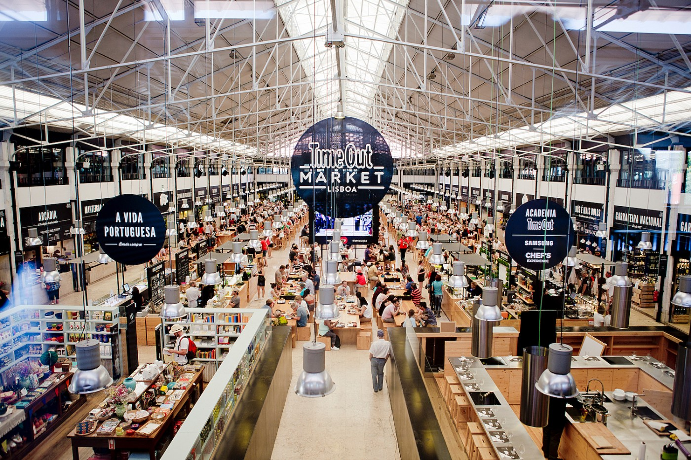 Mercado da Ribeira | where to eat in lisbon _ lisbon food guide _ lisbon food recommendation