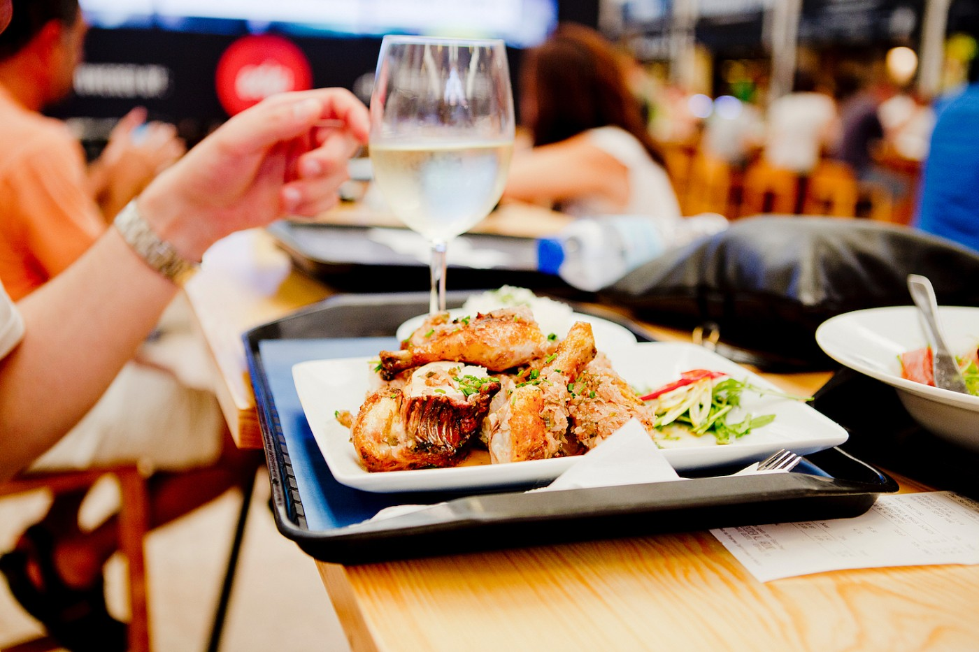 Mercado da Ribeira |where to eat in lisbon _ lisbon food guide _ lisbon food recommendation