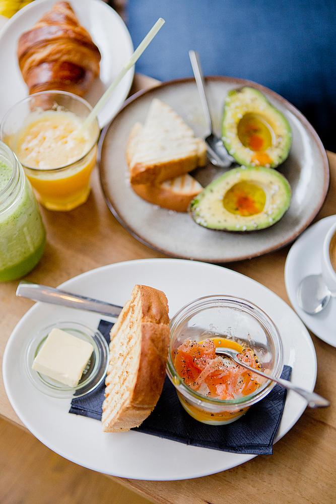 restaurants in munich das tagescaf schwabing great breakfast spot. Black Bedroom Furniture Sets. Home Design Ideas