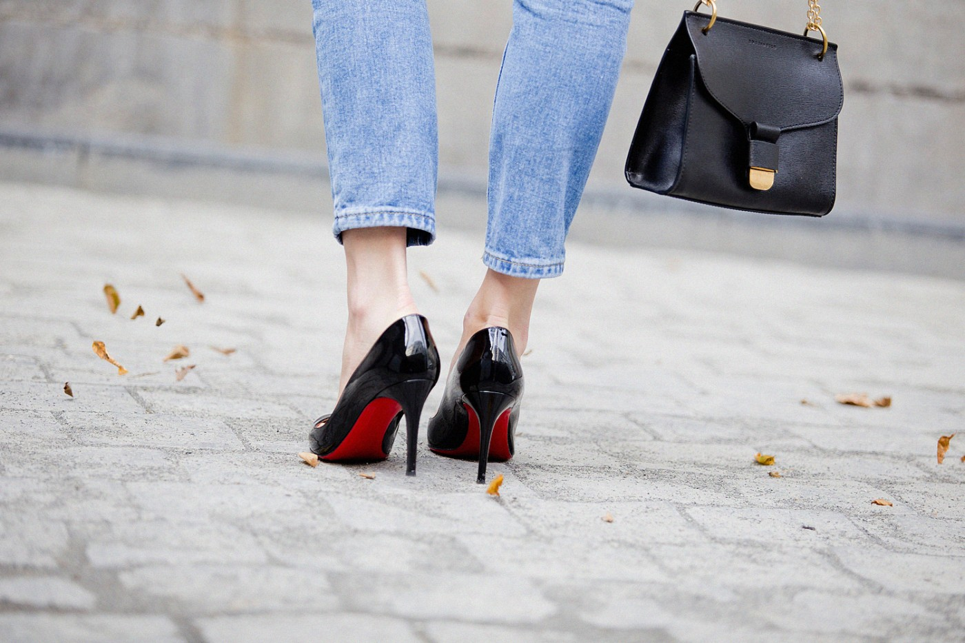 louboutin pigalle black ruffle top