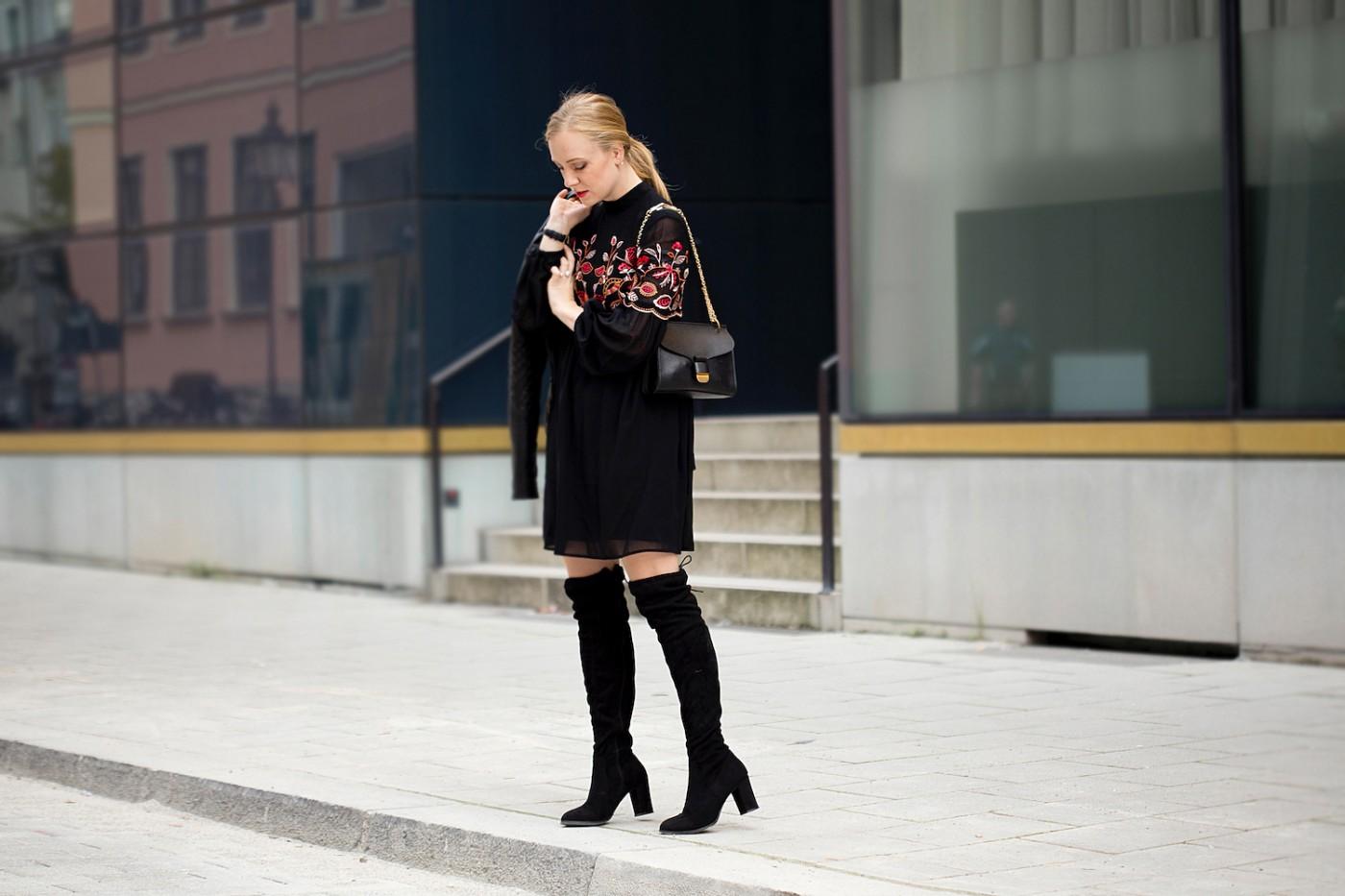 warehouse embroidered dress black overknees