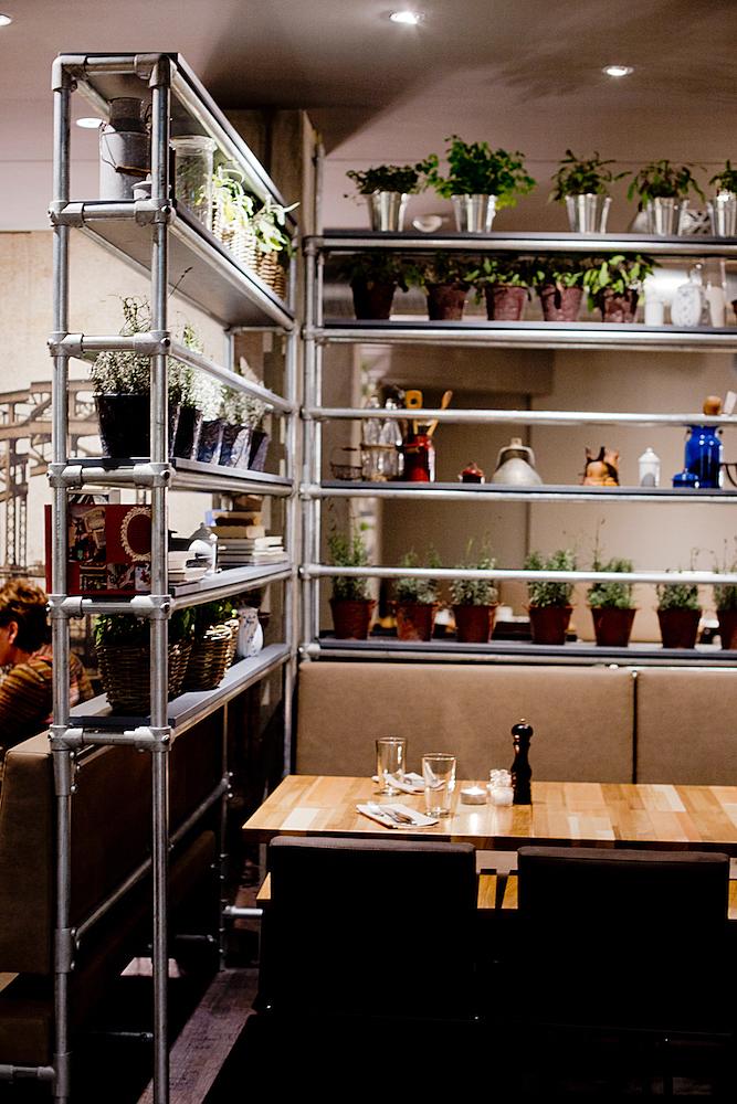 Westend Factory, Westend Steak & Fish Factory, The Golden Bun, Restaurants in Munich, Restaurants in München, Essen in München Eating in Munich,Munich Food