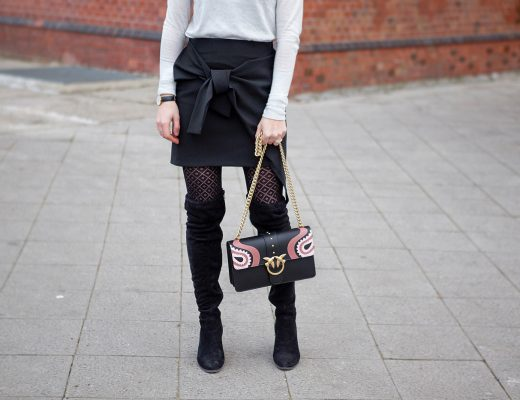 pinko bag, pinko love bag, trendy zara skirt, calzedonia tights, black suede leather overknees