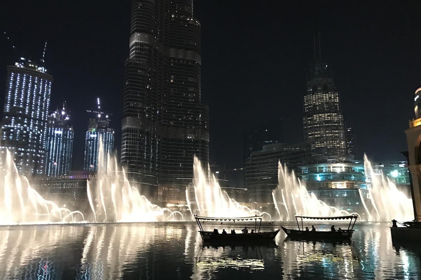 waterplays dubai mall _ fountain dubai mall _ visit dubai _ what to see in dubai
