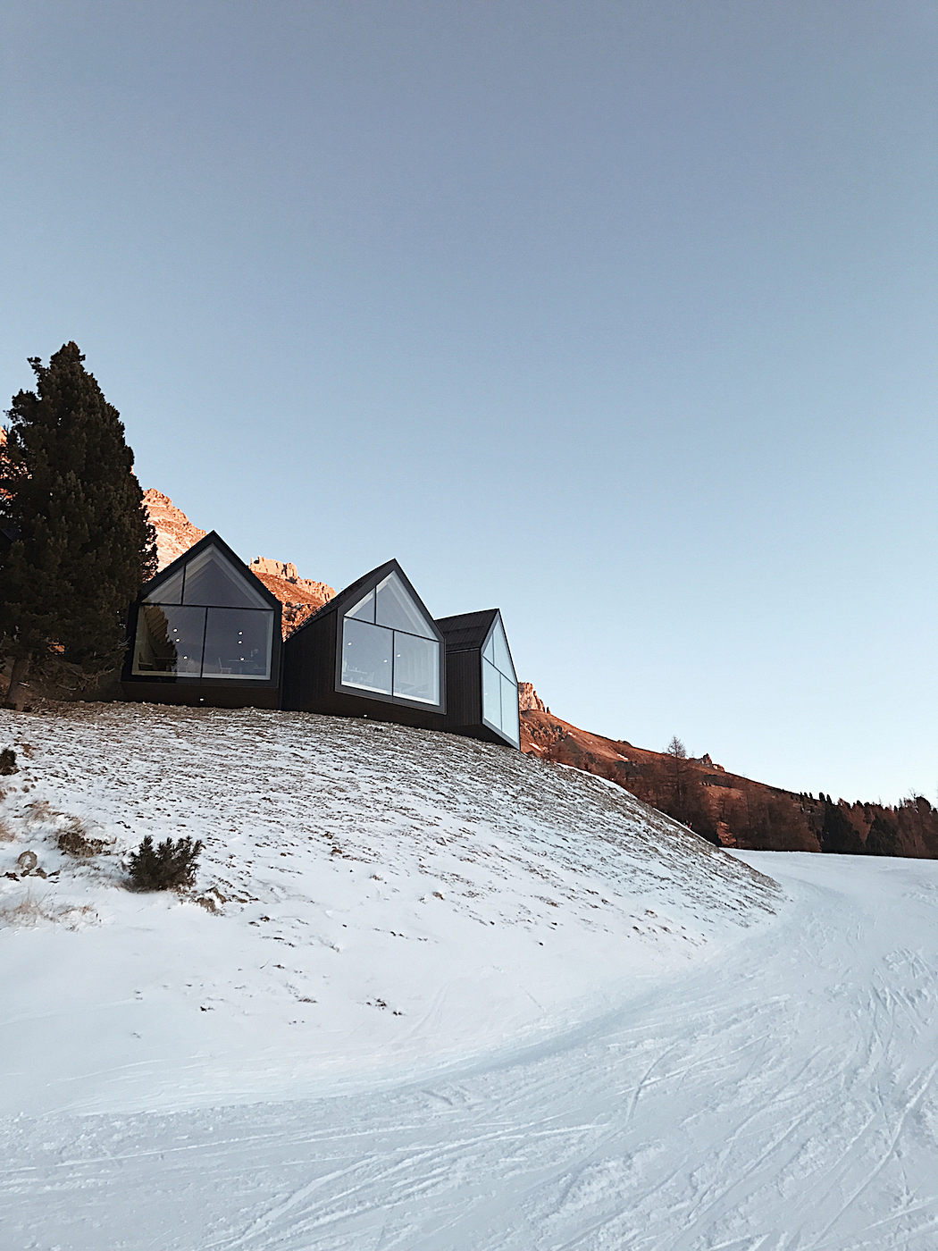 Neue Oberholz Hütte Obereggen _ new alpine hut oberggen _ winterholidays south tyrol - winterferien südtirol, obereggen, skifahren obereggen, skicenter latemar pampeago _ mayerl alm