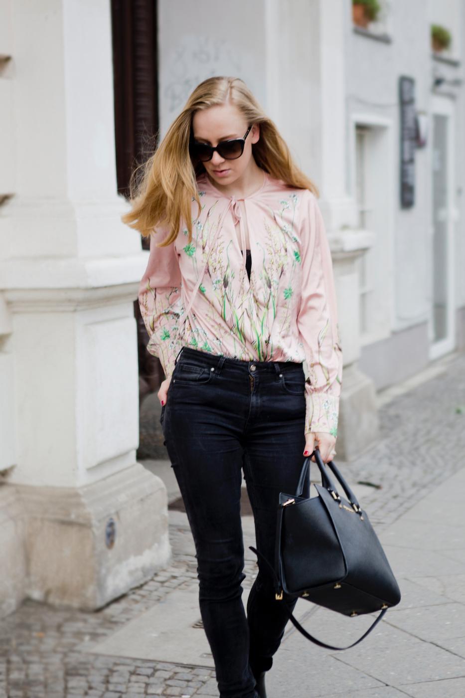 www.thegoldenbun - japanese print silk blouse michael kors bag