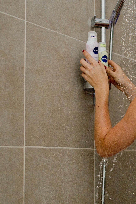 NIVEA Seiden-Mousse Pflegeduschen dusch dich happy