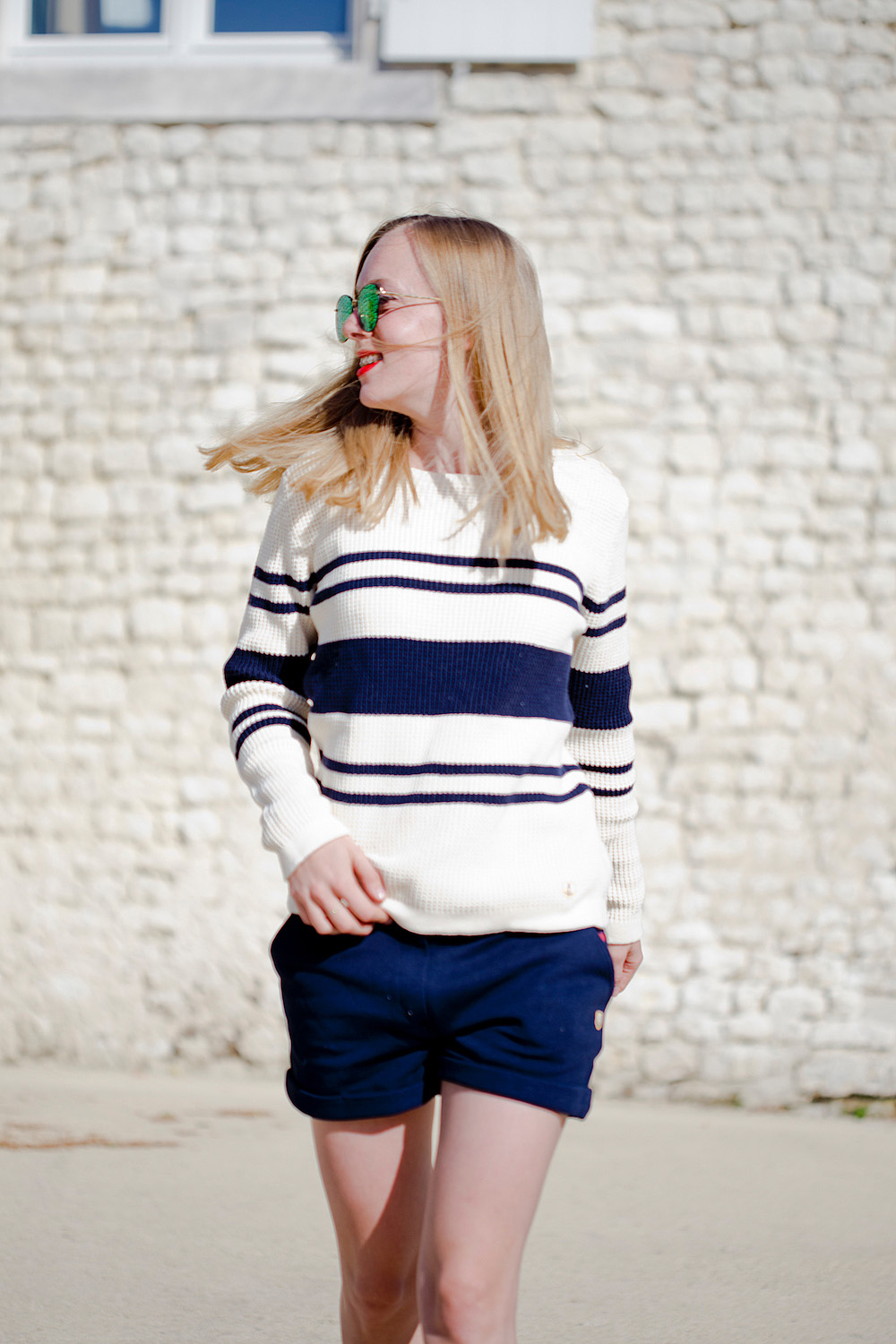 www.thegoldenbun.com | look with armox lux sweater armor lux pullover summer pullover