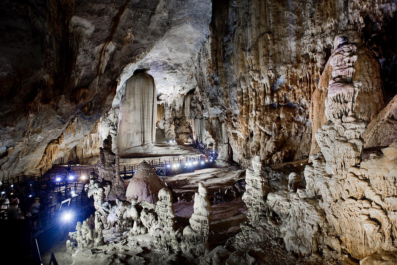 Dong Thien Duong Cave, Paradise Cave at Phong Nha-Kẻ Bàng National Park | 2 Wochen Vietnam Rundreise Phong Nha-Kẻ Bàng National Park - Vietnam round trip