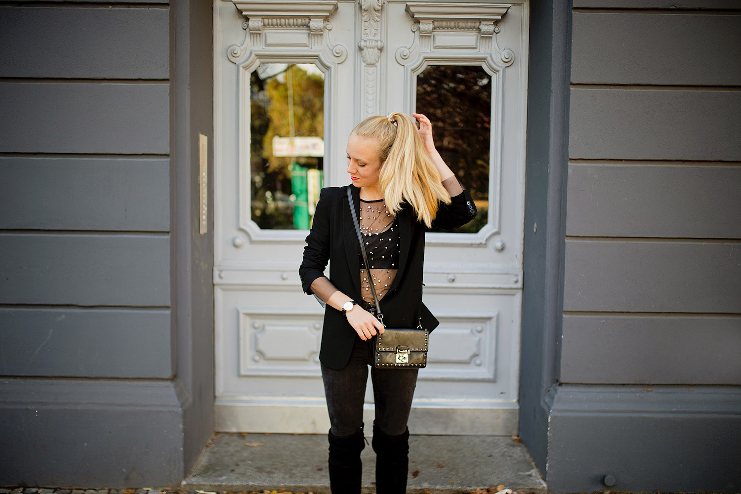 outfit black mesh shirt with pearls overknee boots