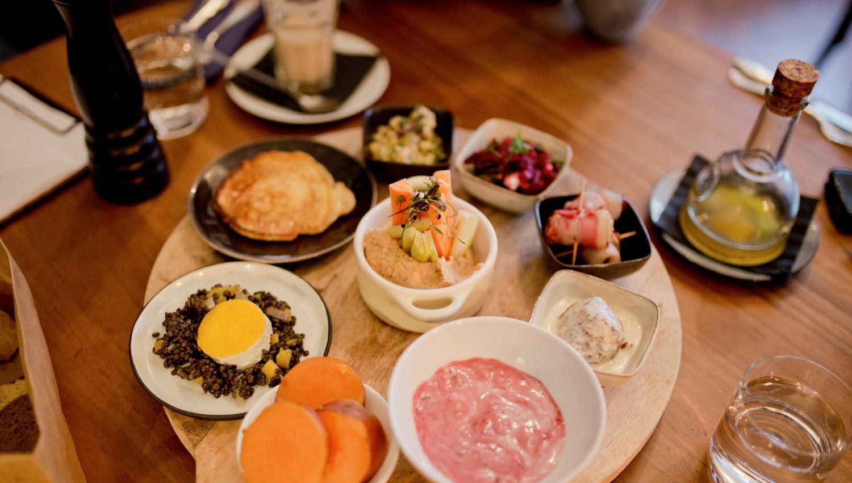 Breakfast tapas at Neumond <br><em>Brunch in Berlin Mitte</em>