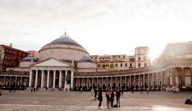 6 Stunden in Neapel –Sightseeing und Kulinarik