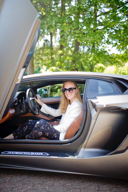 First time driving a Lamborghini Aventador LP 700-4 NAVI 20 LM PDC