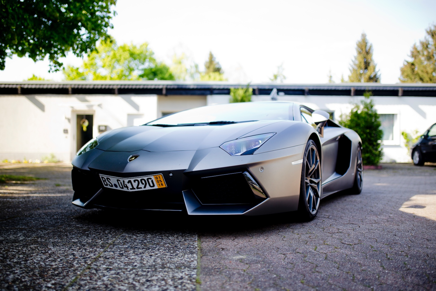 First time driving a Lamborghini Aventador LP 700-4 NAVI 20 LM PDC