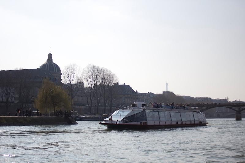 Paris-Insider // Boat Tour along the Seine