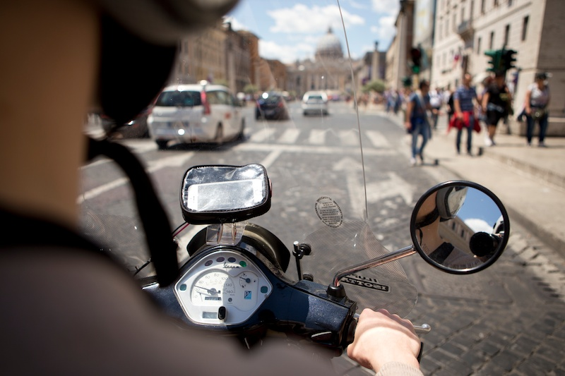 Sunday-funday // Vespa tour through Rome