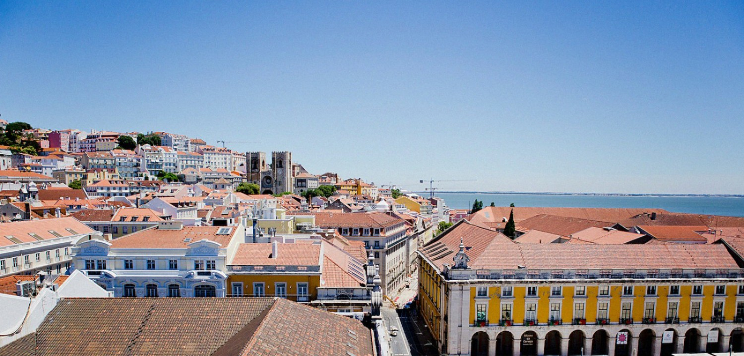 Four days in Lisbon – <em>8 non & touristy places we've seen</em><br>{+travel video}