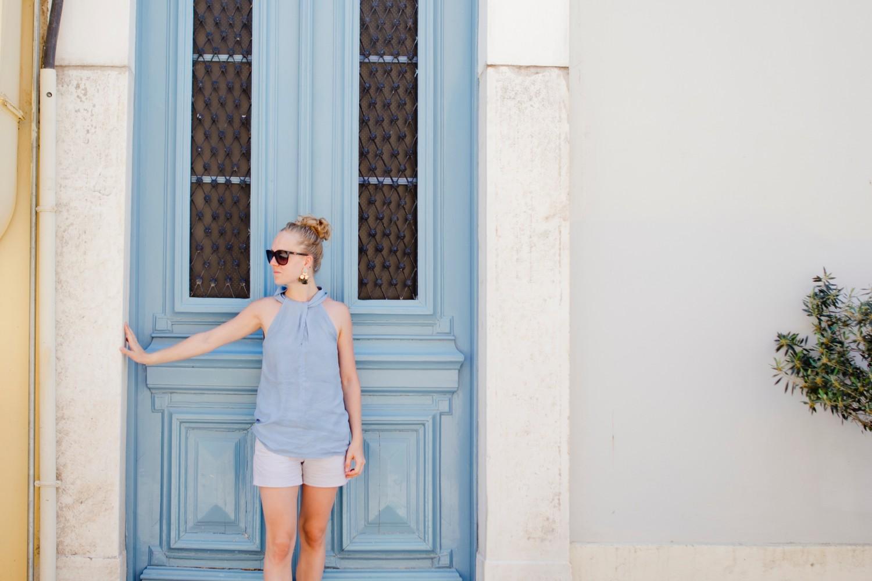 That baby blue door!