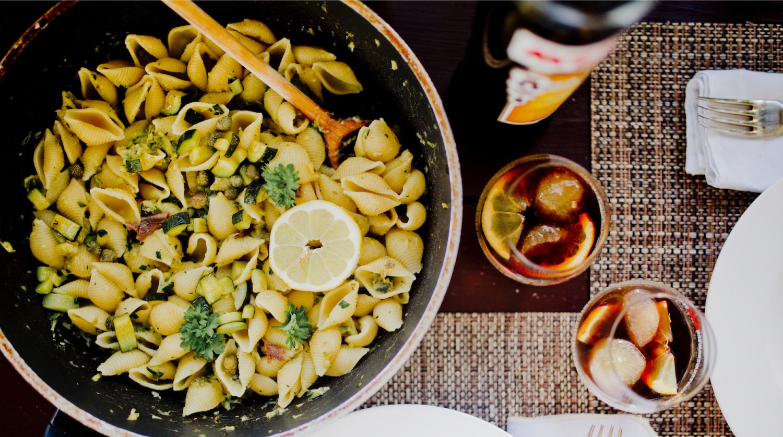 <em>Einladen ist das neue Ausgehen!</em> Sizilianischer Flair zuhause  {+Rezept}