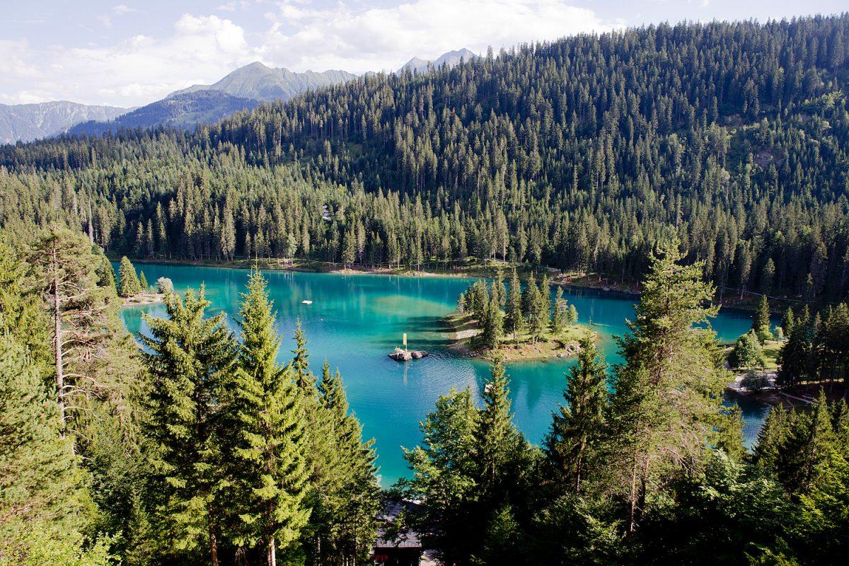 www.thegoldenbun.com | Wandern in Flims, Klettersteig Pinuth, Crestasee Caumasee 1
