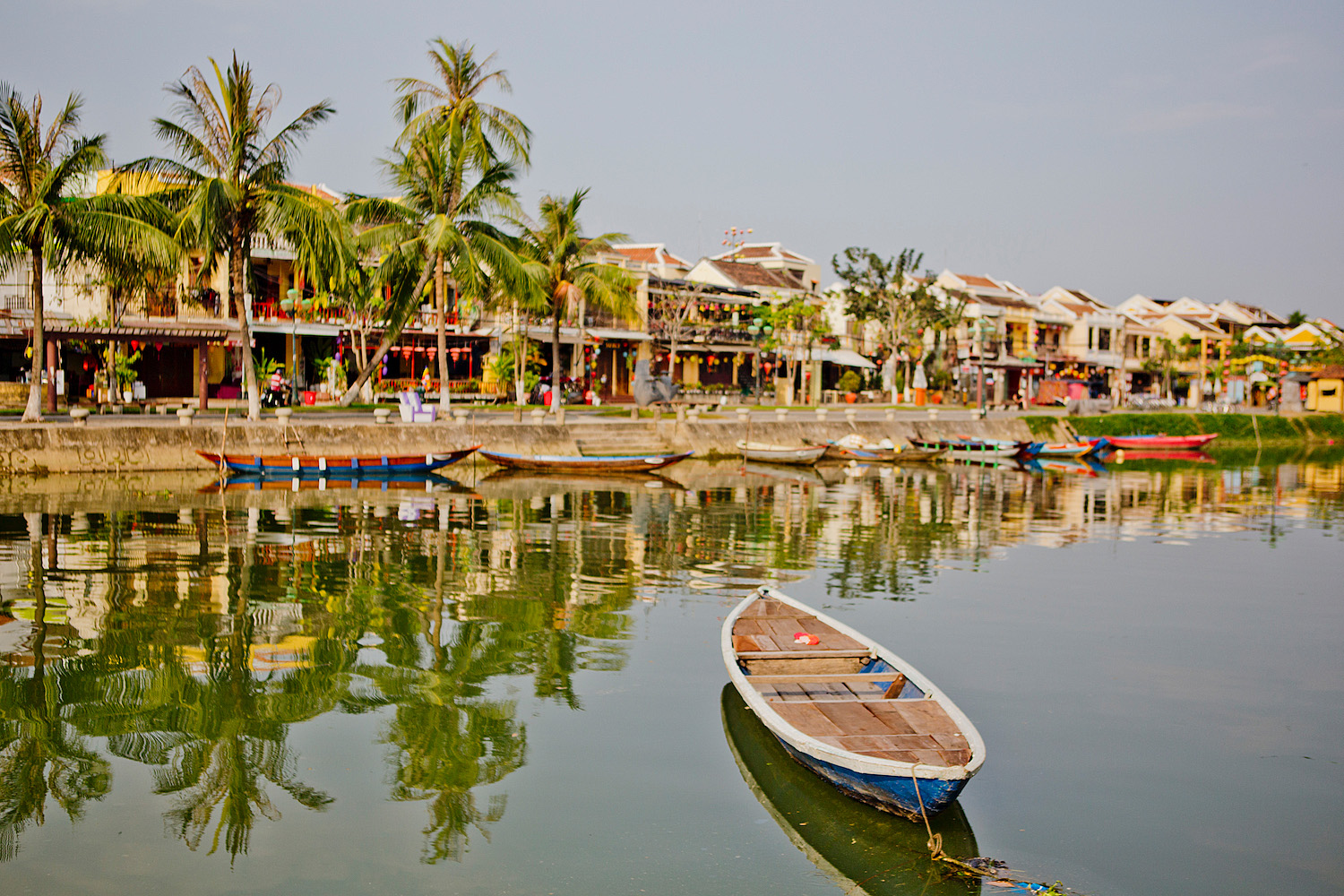 <em>Vietnam Roundtrip Part 5</em> <br>Hoi An: the mecca for tailoring & the best Banh Mi Phuong