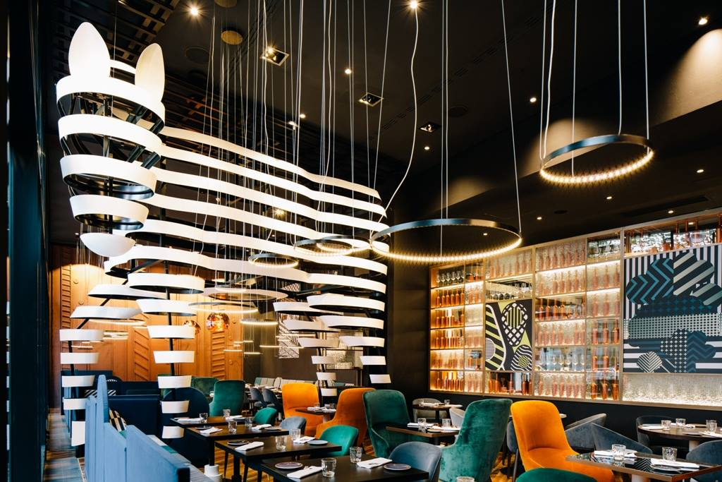 Restaurant in Berlin | BLEND Kitchen & Bar <em>Fusion kitchen at Pullman Berlin Schweizerhof</em>