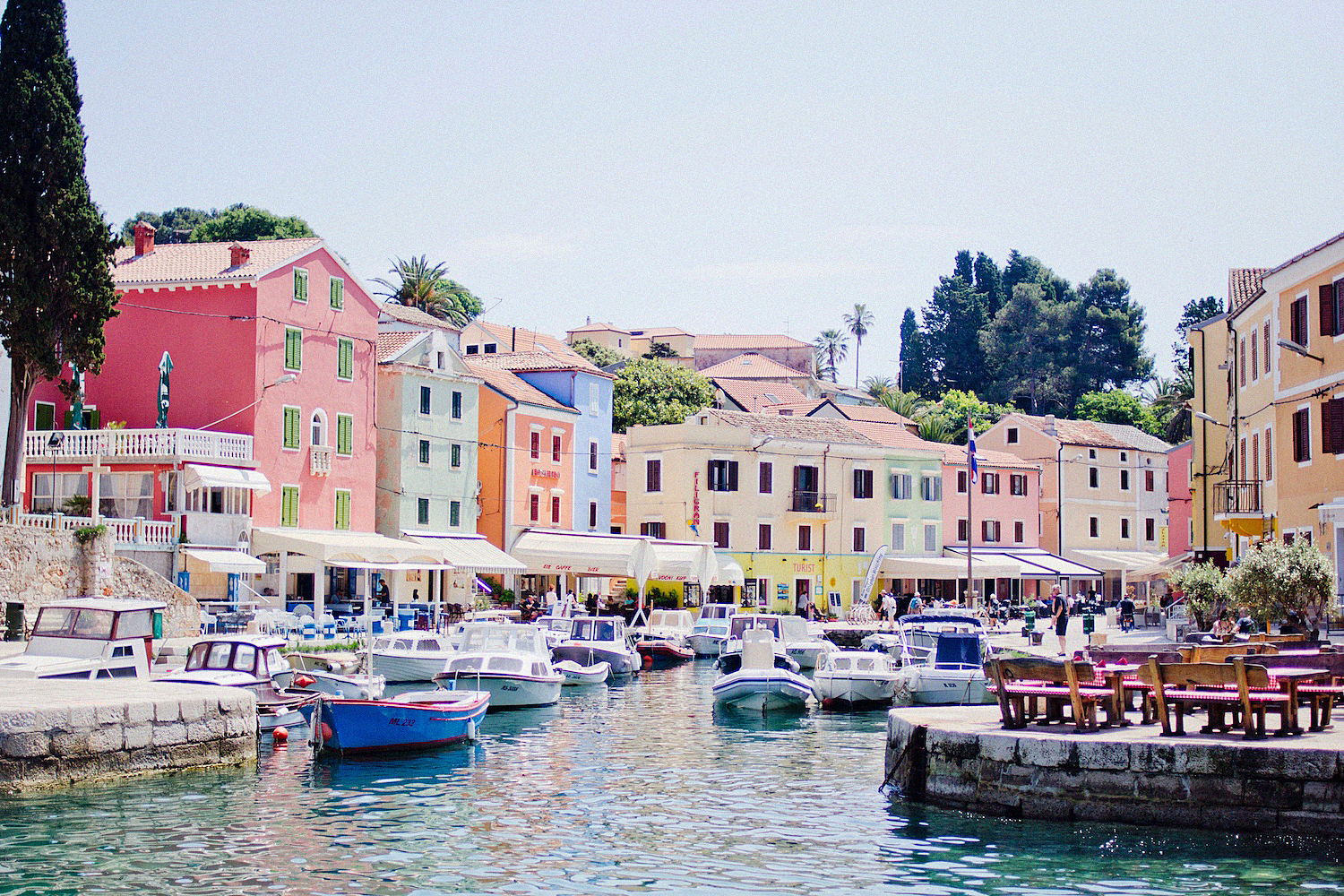"""The Sexiest Man"" on Mali Lošinj – daily excursions around the island"