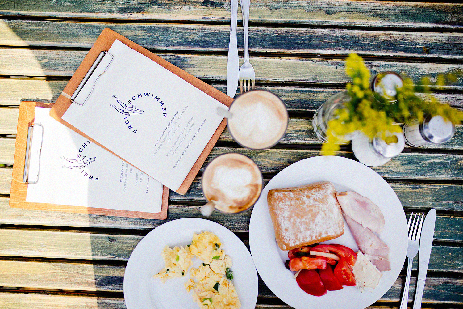 FREISCHWIMMER – Brunch in Berlin along the Spree