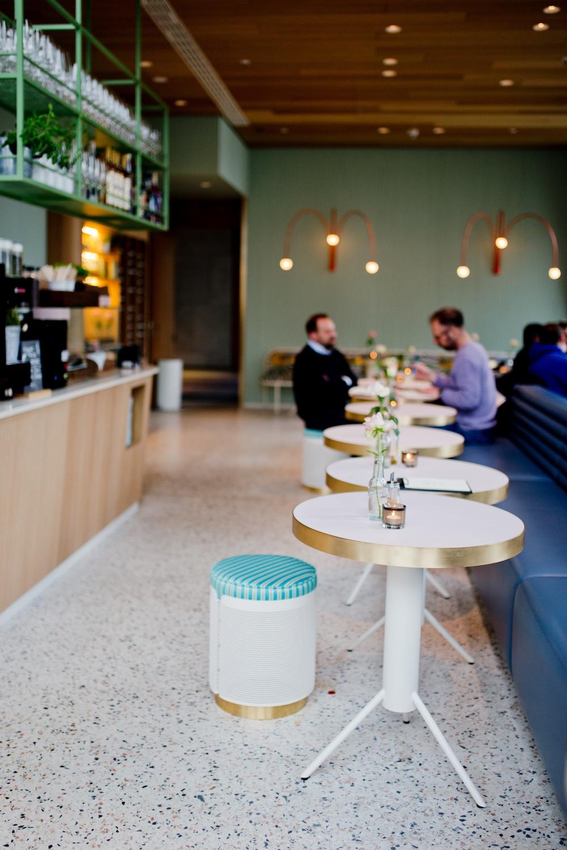 www.thegoldenbun.com | Lilli P Restaurant München Bar Café Munich