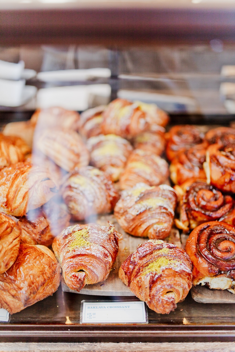 Gjusta Bakery Venice Los Angeles Restaurant Bar Guide First Time | www.thegoldenbun.com