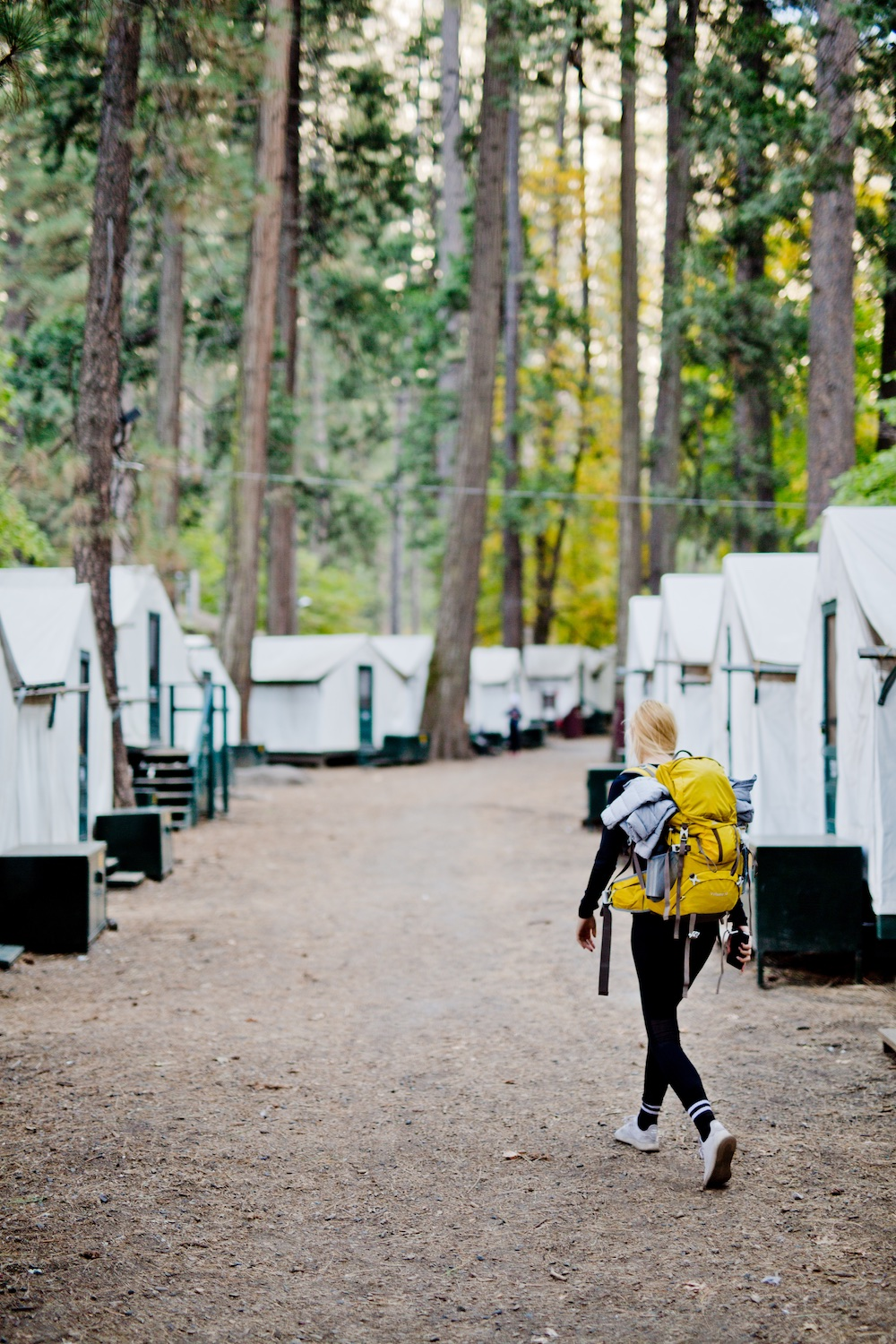 Yosemite Valley Hike Hike Tips Accommodation Curry Village Lodge | www.thegoldenbun.com