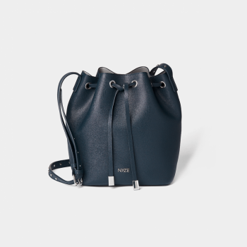packshot-bucketbag-byjette-navy
