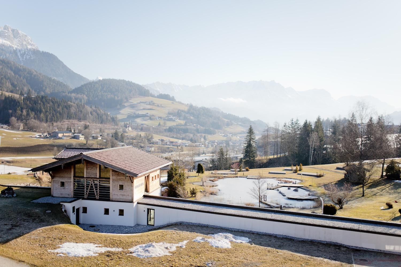 PURADIES Skiurlaub Mountain Chalet 4s hotel Leogang | www.thegoldenbun.com